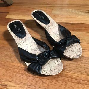 RARE Vintage Faux Leather Corkscrew Sandals Heels!